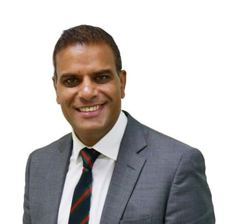 profile picture of mr raj bhatia of the bristol hand and wrist clinic for his orthopaedic surgeon of the year award